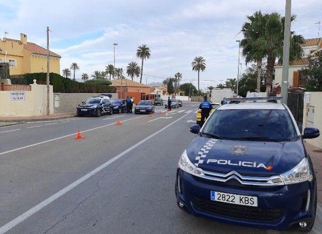 Policía Local y Guardia Civil continúan realizando exhaustivos controles en los principales accesos a Mazarrón, Foto 1