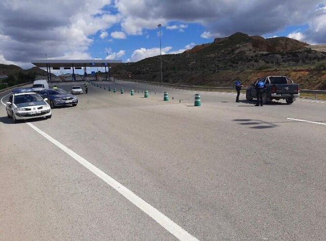 Policía Local y Guardia Civil continúan realizando exhaustivos controles en los principales accesos a Mazarrón, Foto 3