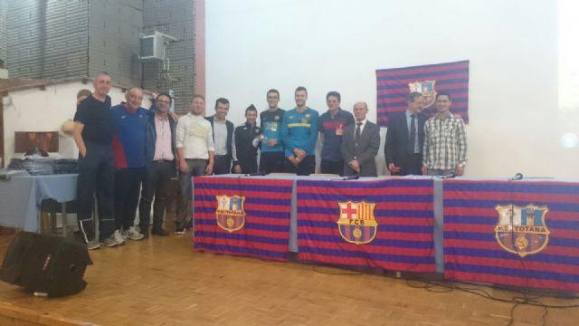 La fundación del FC Barcelona visita el Centro Penitenciario Murcia I, Foto 5