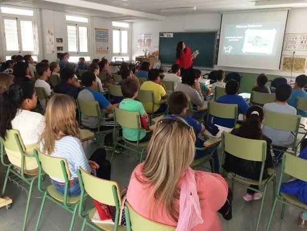 Comienzan las Jornadas de Concienciaci�n Escolar sobre la Tenencia de Animales de Compañ�a en el CEIP La Cruz, Foto 6