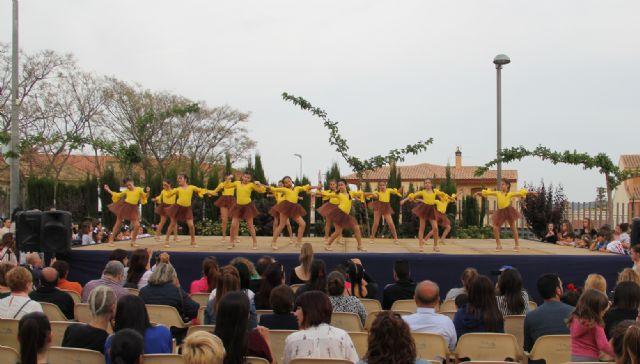 Cientos de bailarines celebran el Día Internacional de la Danza en Puerto Lumbreras - 1, Foto 1
