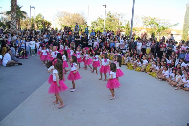 Cientos de bailarines celebran el Día Internacional de la Danza en Puerto Lumbreras - 2, Foto 2