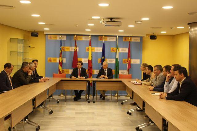 La CHS se reúne con alcaldes de la Vega Alta para coordinar actuaciones en el río Segura - 1, Foto 1