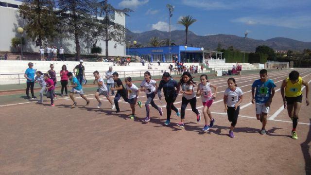 La Fase Local de Atletismo de Deporte Escolar contó con la participación de 60 escolares pertenecientes a las categorías alevín, cadete y juvenil, Foto 6