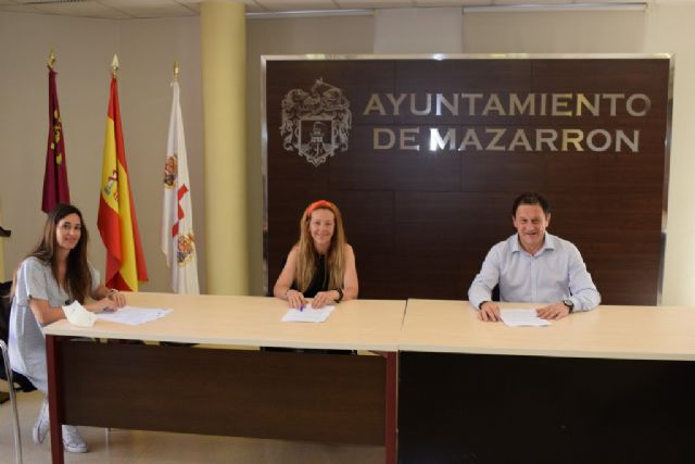 El ayuntamiento y ACOMA firman un nuevo convenio de colaboración con una subvención de 10.000 euros - 1, Foto 1
