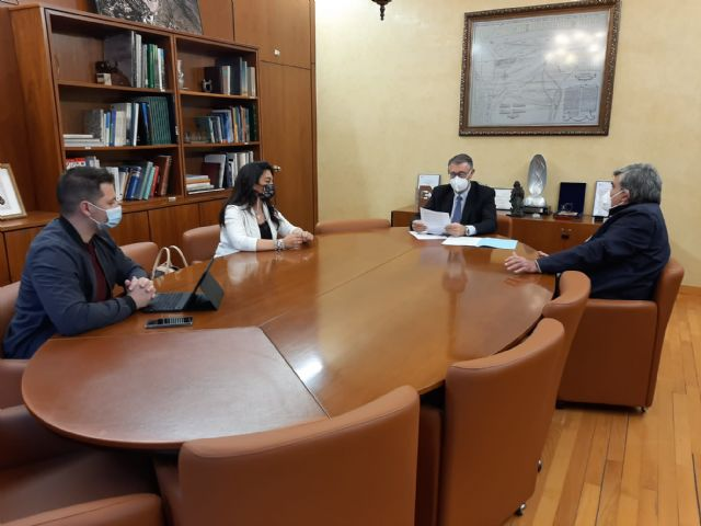 El Presidente de la CHS ha mantenido una reunión de trabajo con la Alcaldesa de Alguazas - 1, Foto 1