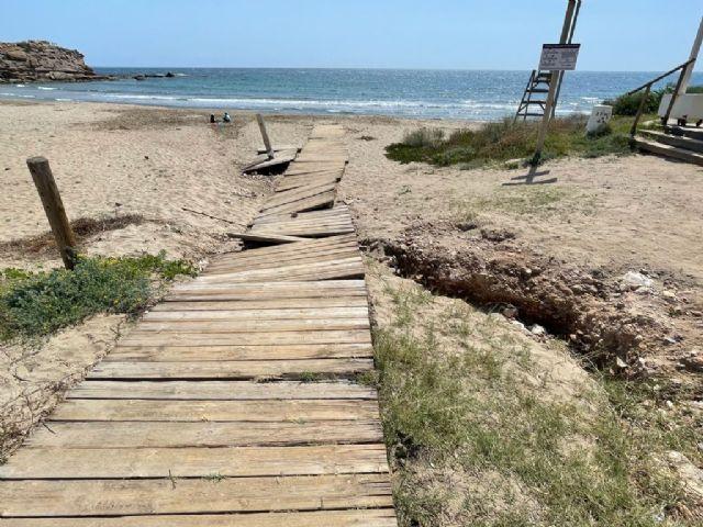 El PP solicita a Moreno que se pongan en funcionamiento los lavapies y que se acondicionen al baño las playas de la localidad - 1, Foto 1