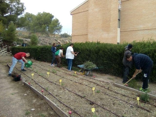 Personas desempleadas de Alhama se forman sobre almacenaje y jardinería, Foto 1