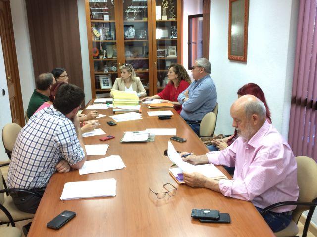 La Junta de Gobierno Local de Molina de Segura adjudica el contrato administrativo para el servicio de bar-cantina situado en el Polideportivo El Romeral - 2, Foto 2