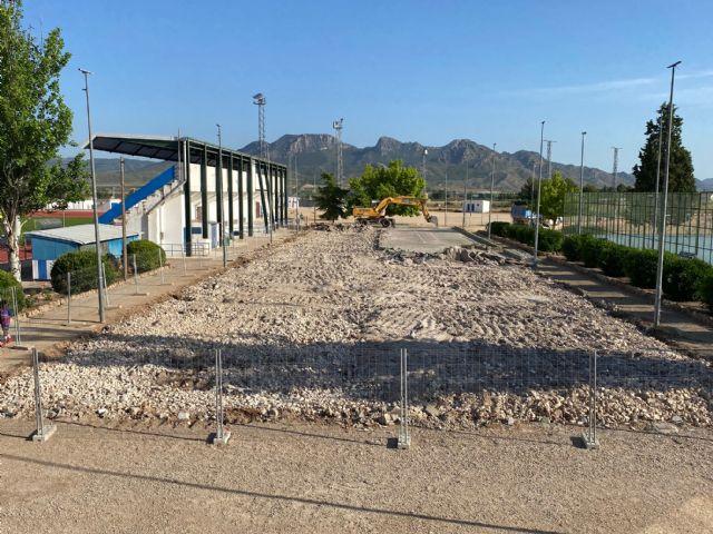 Comienzan las obras de reconstrucción de las pistas de tenis del Polideportivo La Hoya - 1, Foto 1