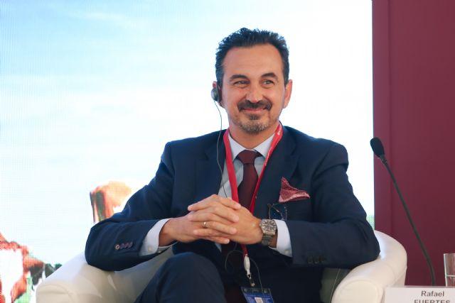 Rafael Fuertes interviene en el Foro Económico Internacional de San Petersburgo junto a líderes políticos de todo el mundo, Foto 3