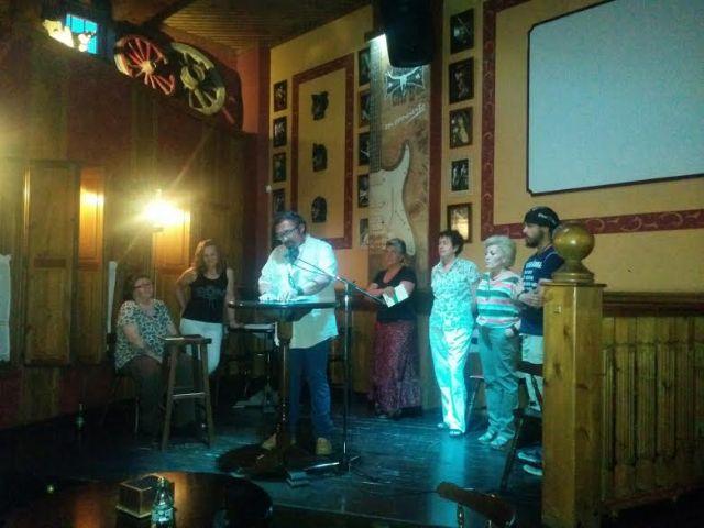 Finaliza con un recital de poesía el programa de actividades en favor de la tolerancia e igualdad del Colectivo LGTB, Foto 1