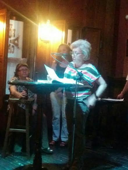 Finaliza con un recital de poesía el programa de actividades en favor de la tolerancia e igualdad del Colectivo LGTB, Foto 3