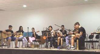 Autoridades municipales asisten al acto de clausura del curso escolar 2016/2017 de la Asociación de Amigos de la Música de El Paretón, Foto 3