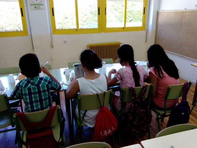 El Ayuntamiento de Molina de Segura pone en marcha un servicio de comedor escolar gratuito durante el verano para menores cuyas familias carecen de recursos - 2, Foto 2