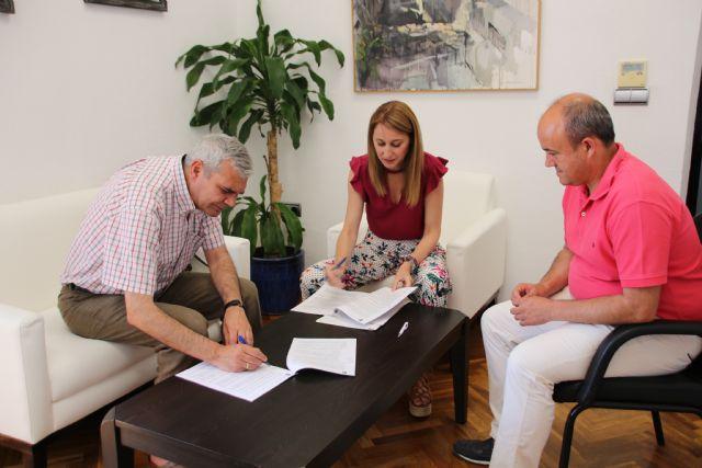 El Ayuntamiento renueva su acuerdo con la fundación Ntra. Sra. de los Desamparados para la cesión de los Huertos Ecológicos, Foto 2