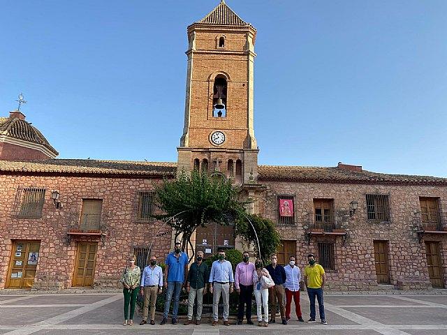 VOX Totana recibe la visita de Antelo, presidente provincial, acompañado del concejal Javier Clemente Sánchez y varios miembros del partido - 2, Foto 2