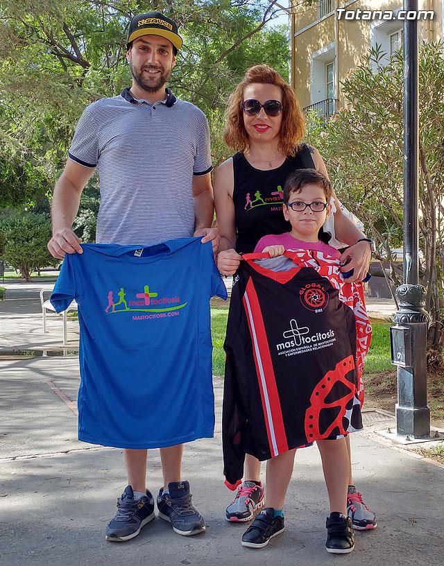 El ciclista alhameño de enduro y descenso Luis Sánchez dará visibilidad a la mastocitosis luciendo una camiseta en las pruebas en las que participe, Foto 2