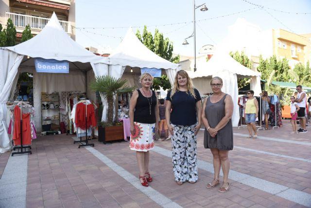 Feria outlet de comercios locales en la plaza toneleros, Foto 1