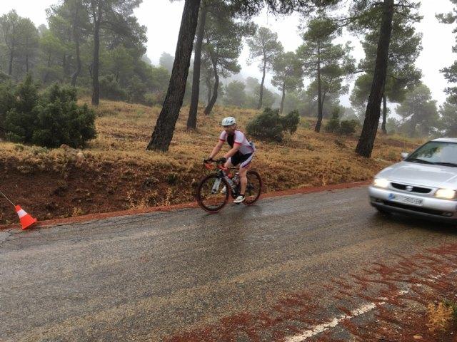 Terra Sport Cycling organized a route to Collado Bermejo to watch the Vuelta a España pass - 5