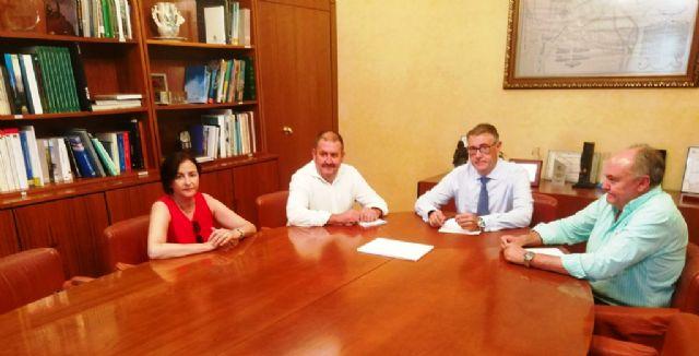 El presidente de la CHS se reúne con el alcalde de Totana, Foto 1