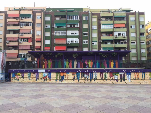 Molina de Segura rinde un homenaje a las mujeres trabajadoras de las fábricas con la obra artística Estrellas en Conserva - 4, Foto 4