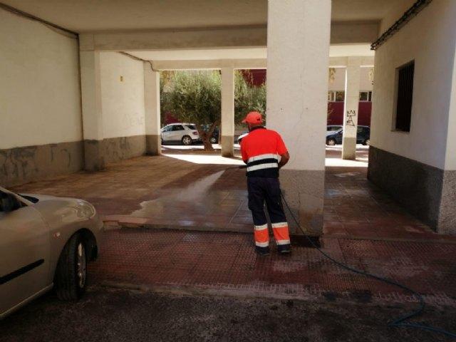 La concejalía de Servicios mantiene las labores de desinfección en el municipio - 1, Foto 1