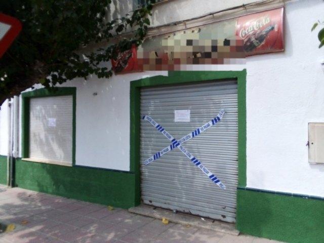 La Polic�a Local suspende la actividad y cierra dos establecimientos hosteleros de Totana por ser susceptibles de producir un riesgo o daño grave para la salud p�blica, Foto 1