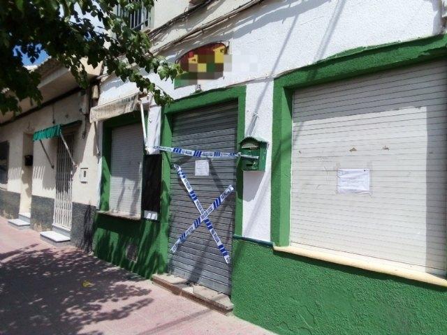 La Polic�a Local suspende la actividad y cierra dos establecimientos hosteleros de Totana por ser susceptibles de producir un riesgo o daño grave para la salud p�blica, Foto 2