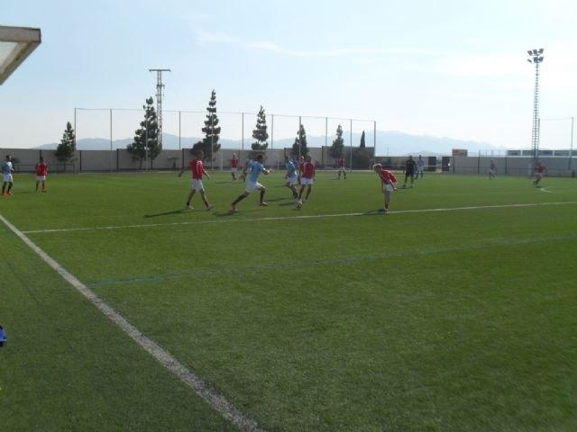 Arranca la Liga de Fútbol Juega Limpio que cuenta con la participación de un total de 191 jugadores, encuadrados en nueve equipos, Foto 5