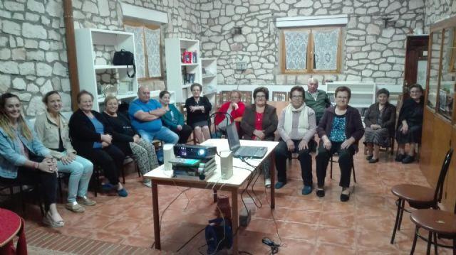 Talleres alzheimer/cuidadoras en Moratalla - 1, Foto 1