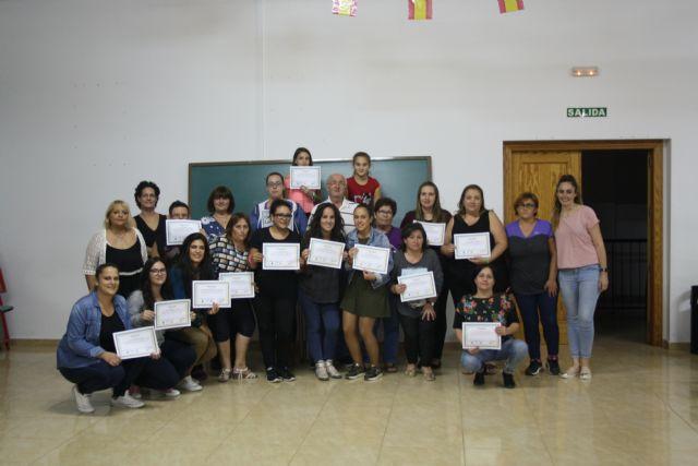 Clausura del curso de lengua de signos en Benizar - 1, Foto 1
