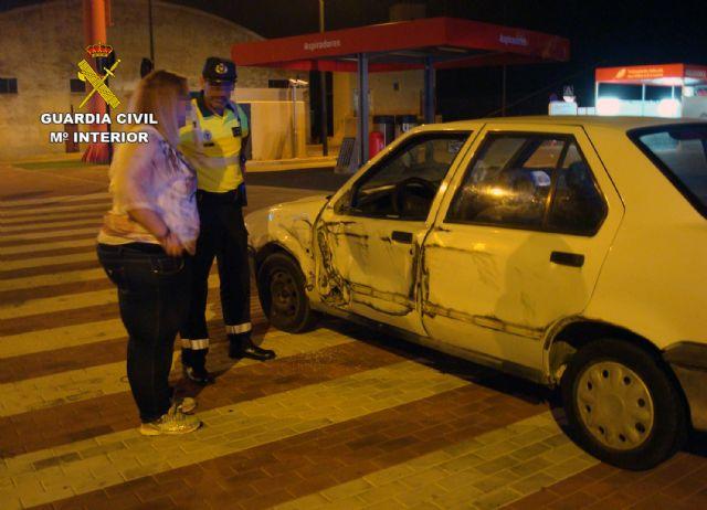 La Guardia Civil detiene a dos conductores por circular de modo temerario y bajo la influencia de alcohol y drogas, Foto 1