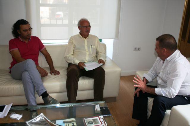 El alcalde se reúne con el presidente de la Fundación Savia por el Compromiso y los Valores, Foto 3