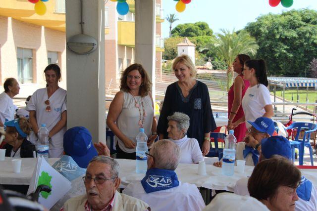 Más de un centenar de mayores participan en las II Olimpiadas del Mar Menor celebradas en Villademar - 2, Foto 2