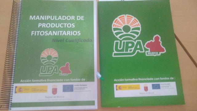 "They give a new Course of ""Training for Treatments with Phytosanitary Pesticides of Qualified Level"", in the Center of Local Development - 3"