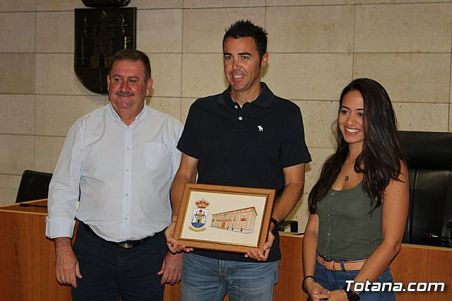 The Totana City Council performs an institutional recognition to totanero tennis player, Pedro Cánovas, recent senior European champion +35 with the Murcia Tennis Club - 5