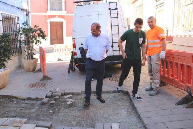Las obras de renovaci�n del tramo de red de saneamiento y abastecimiento de la calle San Ram�n se prolongar�n durante los pr�ximos dos meses, Foto 5