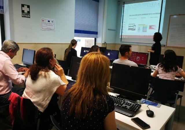La Comunidad programa 249 cursos en octubre para más de 3.000 desempleados y ocupados - 1, Foto 1