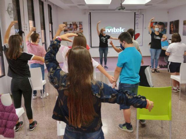 El Ballet Nacional de España enseña cómo se baila un tesoro a los niños y jóvenes de Assido - 2, Foto 2
