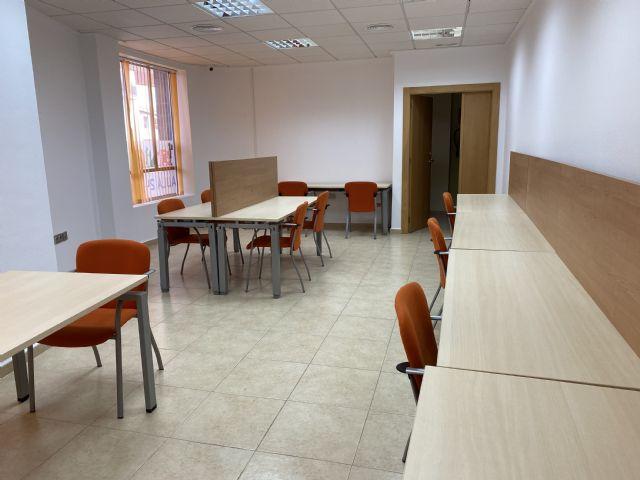 El Ayuntamiento inaugura la nueva sala de estudio 24 horas del Barrio Francés; la tercera de Puerto Lumbreras - 3, Foto 3