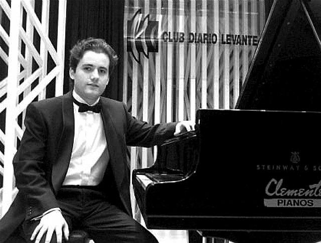 Josep Lluís Galiana aborda en el libro 'Pianos y pianistas' la génesis de una gran generación de intérpretes - 1, Foto 1