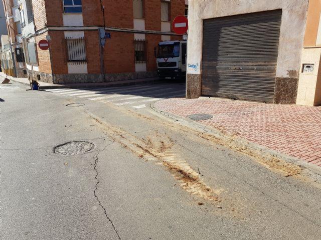 Obras de mejora de abastecimiento en las calles Isaac Albéniz y Narciso Yepes, Foto 5