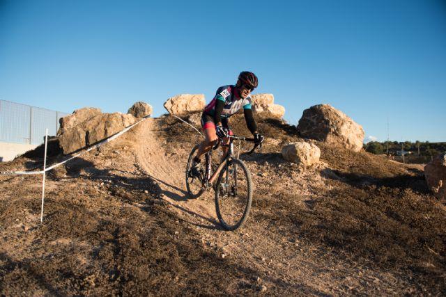 El ciclocross regional hace parada en Mazarrón, Foto 2