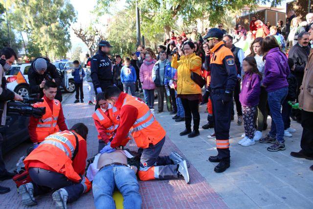 Casi una veintena de asociaciones de Alhama celebran el Día del Voluntariado, Foto 5