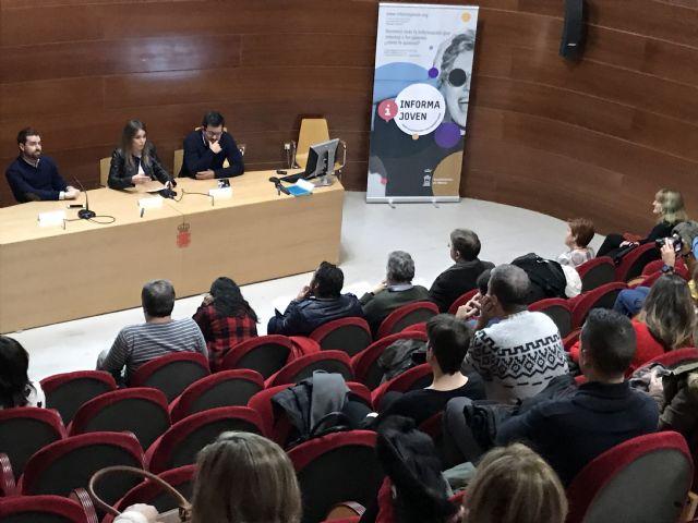 El Servicio del Informajoven celebra su XXXV aniversario con la conferencia del Catedrático de Sociología Jorge Benedicto - 1, Foto 1