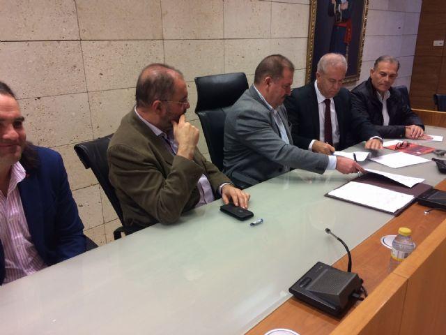 El Ayuntamiento de Totana y Soltec Energías Renovables, SL suscriben un convenio de colaboración para dar empleo a personas con discapacidad intelectual de ambos centros de día, Foto 2