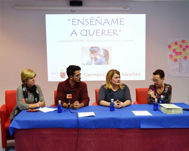 Presentada en Mazarrón la guía 'enséñame a querer' - 1, Foto 1