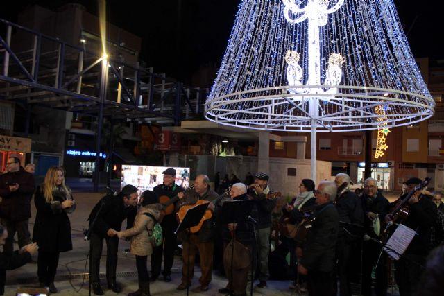 Mañana se inaugurará el encendido del alumbrado navideño y se presentará el programa de la Navidad Cultural - 3, Foto 3