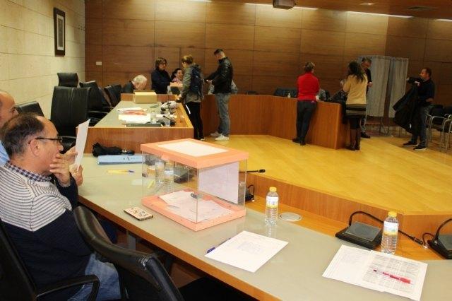 Los trabajadores municipales eligen a sus representantes sindicales para la legislatura 2019/2023 en el Comit� de Empresa y la Junta de Personal, respectivamente, Foto 1